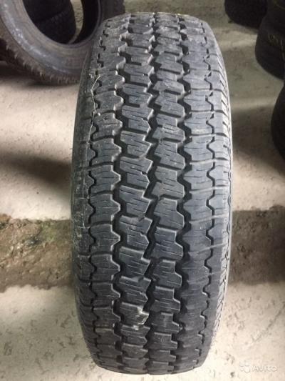 215/70 R16C Roadstone ST-701