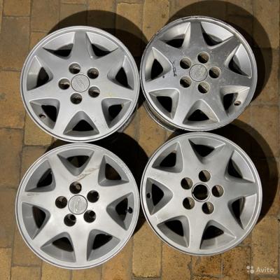 Литые диски R15 5x114.3