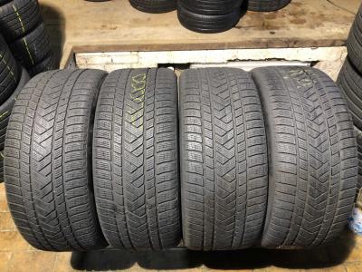 285/45 R20 Pirelli Scorpion Winter AO